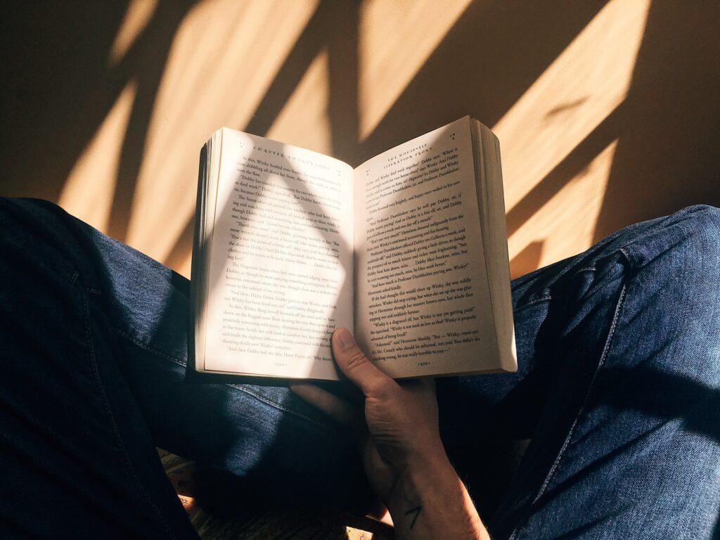時間がない人は時間を買ってでも読書すべし