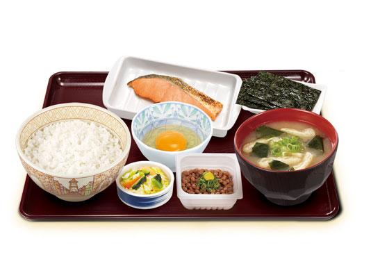 すき家の鮭納豆定食